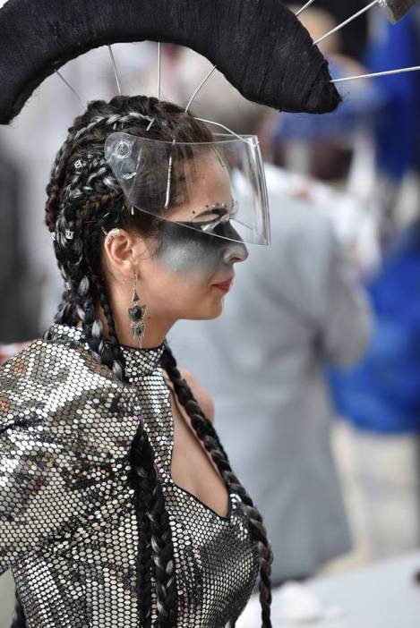 Concours 3ème place Total Look Futuriste
